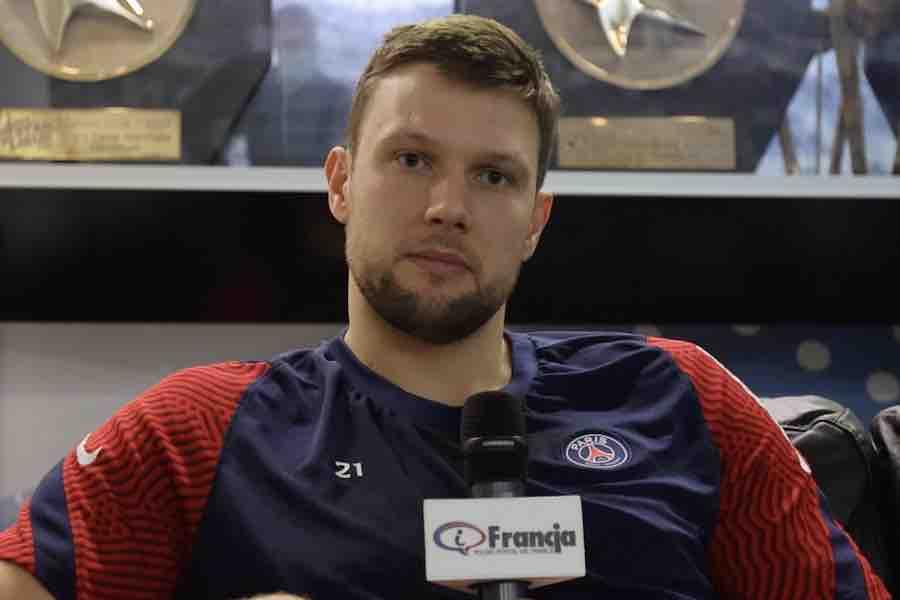 Wywiad z Kamilem Syprzakiem – piłkarzem ręcznym w drużynie PSG