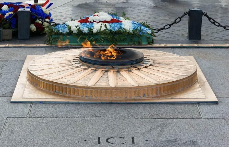 Obchody 11 listopada; Macron złożył wieniec przed grobem Nieznanego Żołnierza