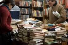 Rząd pomoże małym księgarniom biorąc na siebie koszty wysyłki zamówionych książek