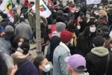 Strajk nauczycieli domagających się większych podwyżek płac oraz szczepień na Covid-19