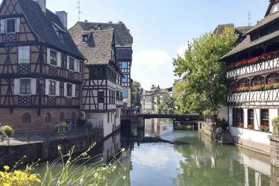 Darmowy transport publiczny dla osób poniżej 18. roku życia w aglomeracji Strasburga