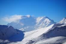 Badanie: w Alpach o miesiąc krócej utrzymuje się śnieg