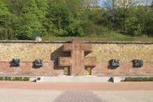 Emmanuel Macron wybrał miejsce na muzeum pamięci ofiar terroryzmu