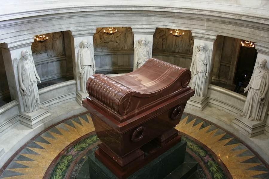 Macron upamiętnił 200. rocznicę śmierci Napoleona