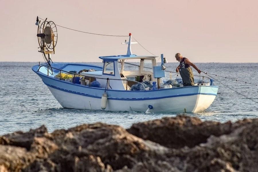 Francja grozi wyspie Jersey odwetem za blokowanie dostępu francuskim rybakom do łowisk