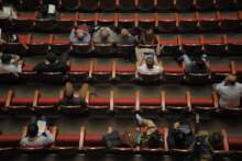 Radna Paryża chce uzależnienia dotacji dla teatrów od liczby kobiet i czarnoskórych