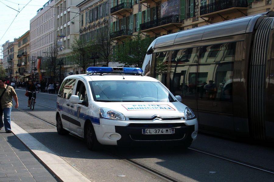 Paryż jesienią będzie miał swoją straż miejską
