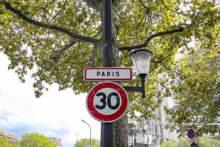 Chaos na ulicach Paryża z powodu ograniczenia prędkości do 30 km/h