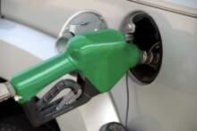 Sieci Carrefour i Casino oferują klientom zniżki na paliwo